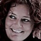 Speaks & Voice Over med speaker DK-F-0195, som er klar hjælpe dig med sin kvindestemme på Dansk til DIT projekt.